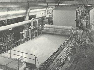 Papiermaschine für Altpapierproduktion